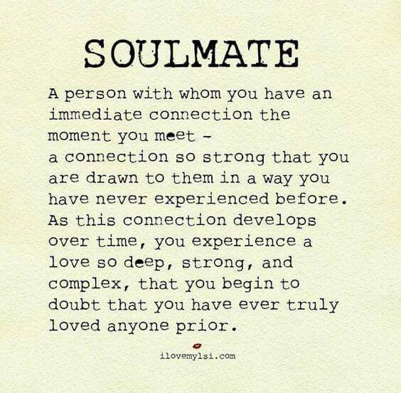 Soulmate And Love Quotes Hold Loved Ones Close Quotes Ile Ilgili